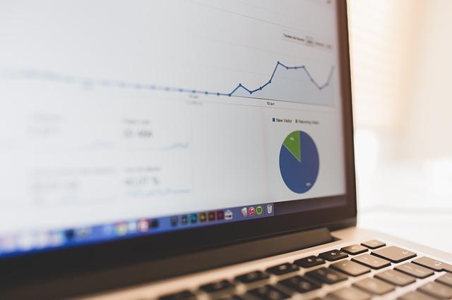 Faut-il acheter ou créer un site